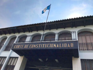 objeciones contra dos aspirantes a la CC